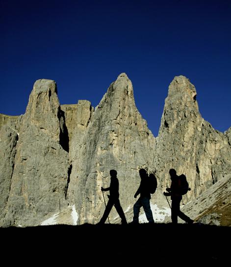 Die Silhouette welcher Bergformation sieht man hier?