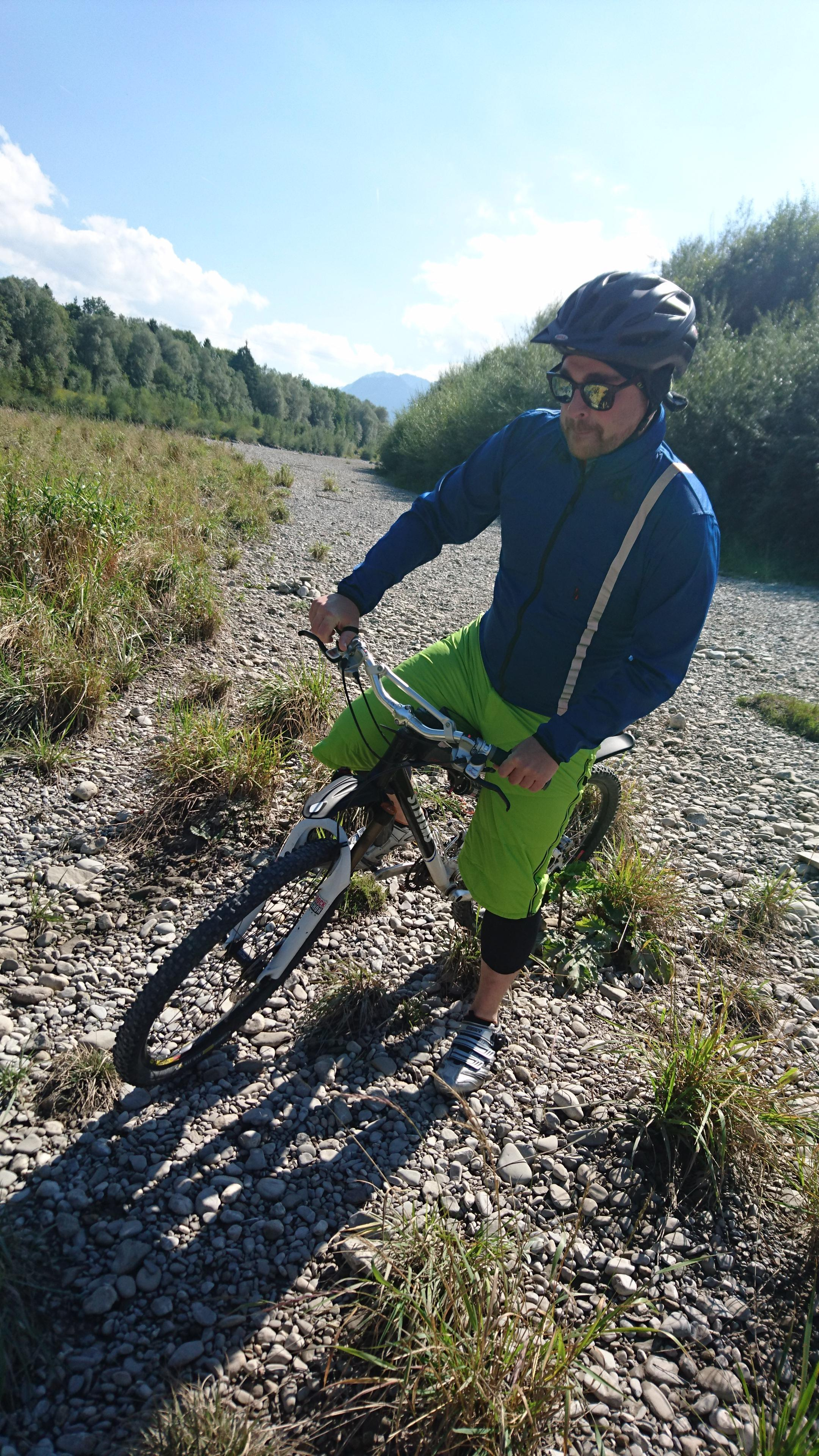 outdooractive blog vaude im test die mountainbike berhose. Black Bedroom Furniture Sets. Home Design Ideas