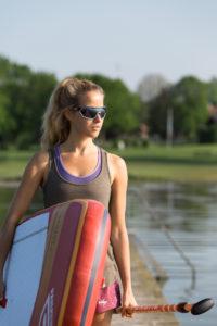 Beim Wassersport benötigen die Augen besonderen Schutz.
